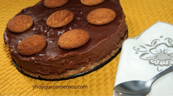 tarta de galletas campurrianas y chocolate de almendras