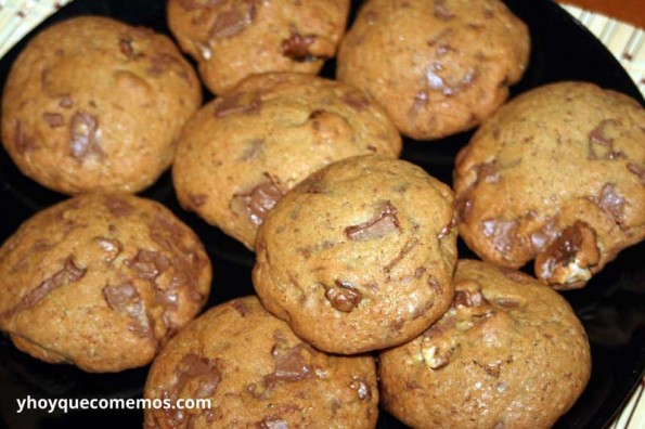Galletas-con-chocolate-y-nueces-(Cookies)