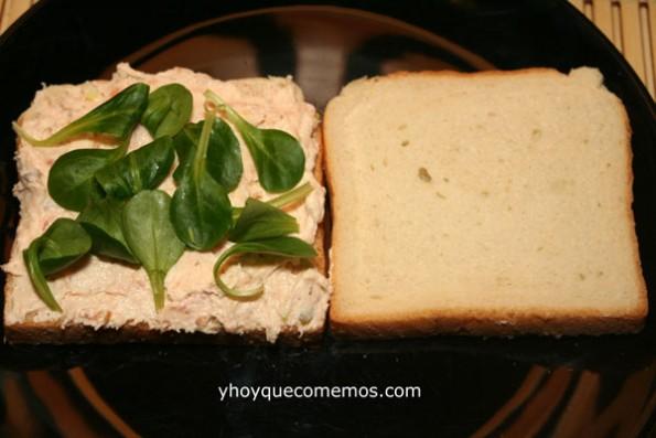 Sandwich de Pasta de Salmón y Canónigos receta