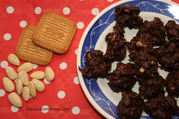 rocas-de-chocolate-y-almendras-2
