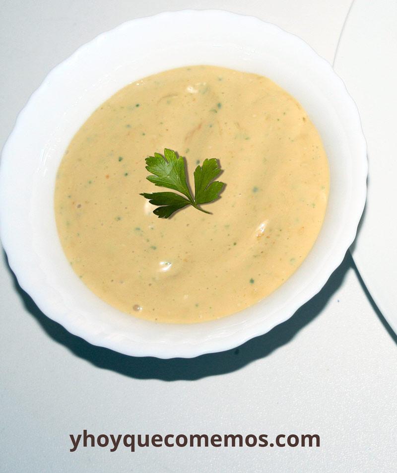 salsa alioli y curry