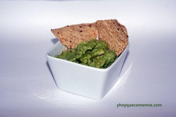 salsa-guacamole