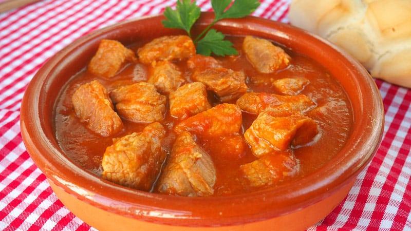 Receta Paso a paso Carne de cerdo con tomate 1