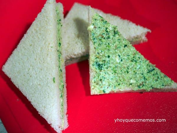 sandwich de canonigos nueces y queso
