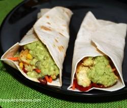 burritos de pollo y guacamole