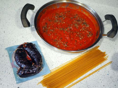 ingredientes-para-los-Espaguetis-con-Morcilla