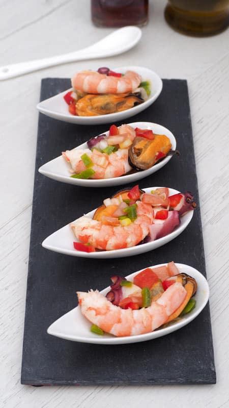 como se hace salpicon de marisco receta facil para el verano