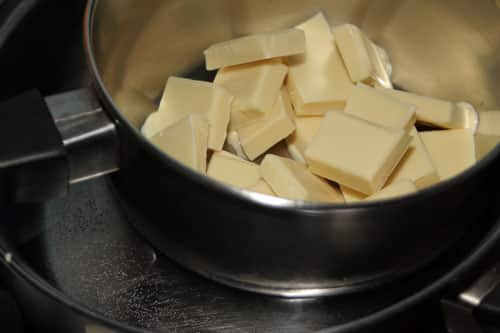 derretir-el-chocolate-blanco-al-bano-maria