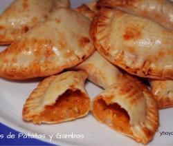 empanadillas de patatas y gambas