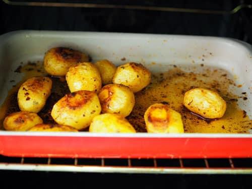 guarnicion de patatas para los escalopines de cerdo encebollados 4