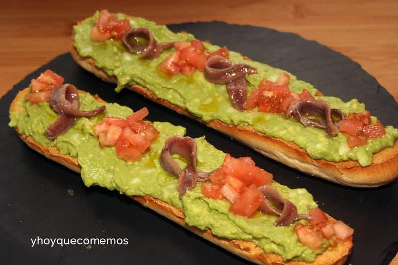baguettes de guacamole y anchoas