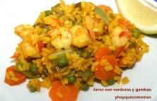 arroz con verduras y gambas