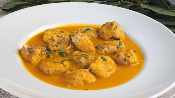 albondigas en salsa de cebolla 2