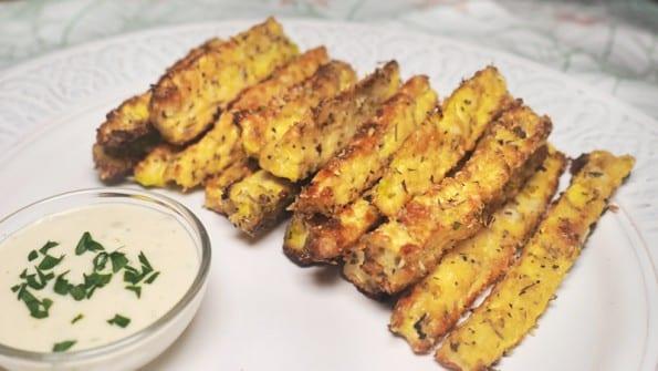 bastones de calabacin con parmesano