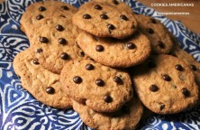 cookies americanas con chips de chocolate