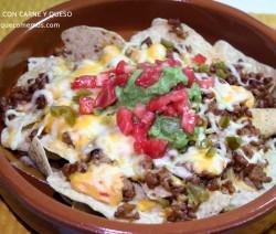 nachos con carne y queso