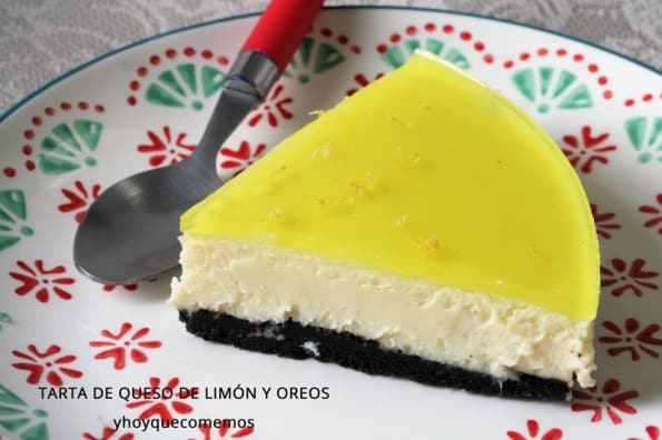 tarta de queso de limon y oreos trozo