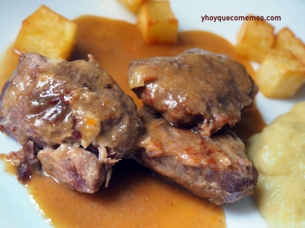 carrilleras-de-cerdo-en-salsa