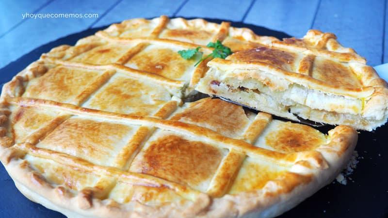 empanada-de-bacalao-y-cebolla-caramelizada-1