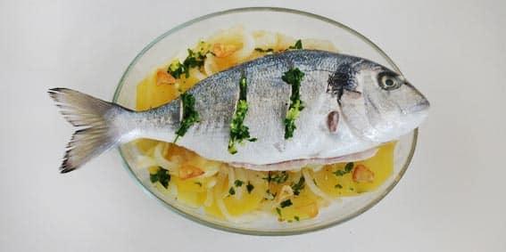 la mejor receta de pescado al horno para tus neuronas 2 3