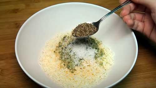 mezclar los ingredientes para el rebozado