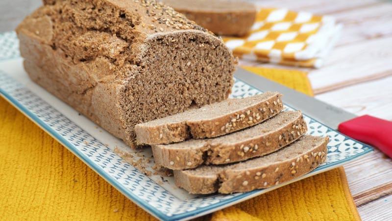 paso a paso pan casero de espelta y semillas con pipas
