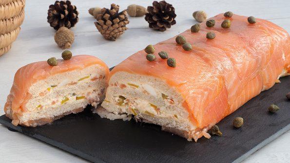 receta facil de pastel del salmon ahumado con pan de molde y queso crema