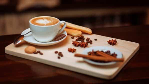 curiosidades del capuchino y como preparar un buen cafe italiano