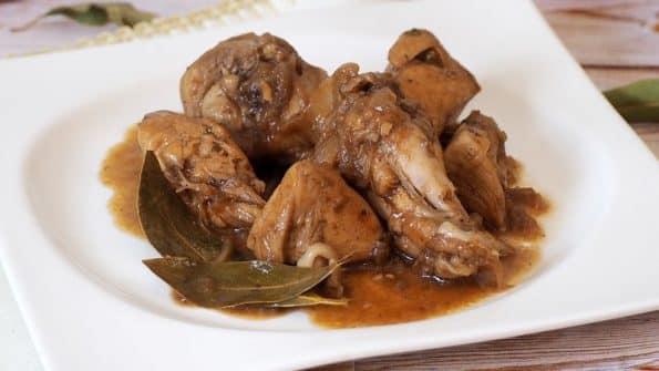 receta de pollo con cebolla caramelizada