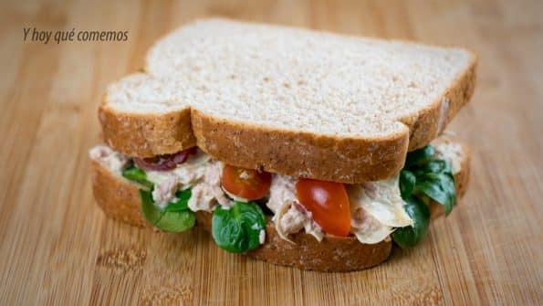 como hacer sándwich de atún y alcachofas