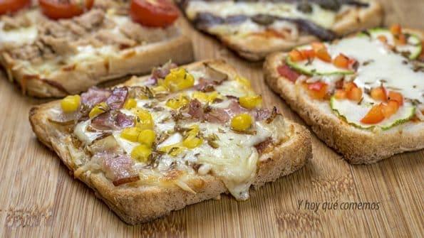 Mini pizzas de pan de molde variadas